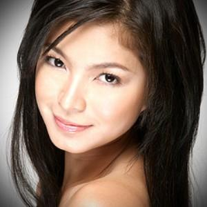 "Angel Locsin ""Movie Best Actress of the Year"" at the PMPC Star Awards"
